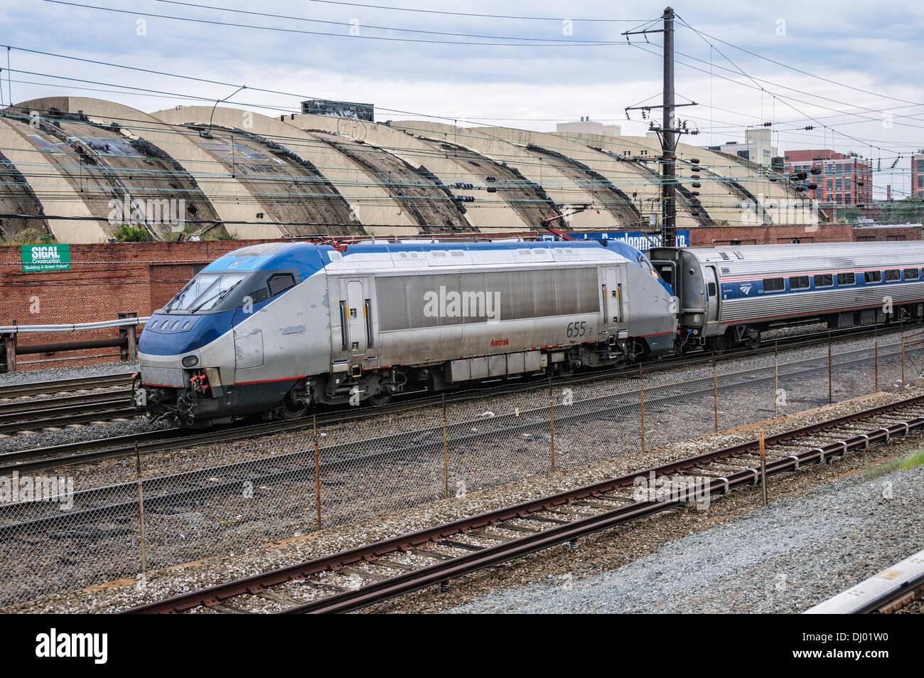 Amtrak HHP-8 Locomotive No 655 leaving Union Station, Washington, DC - Stock Image