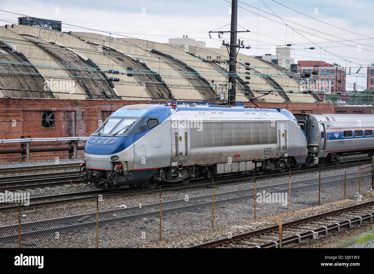 Amtrak HHP-8 Locomotive No 655 leaving Union Station, Washington DC - Stock Image