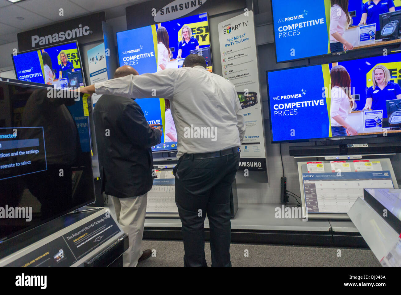 Flat Screen Televisions On Sale In A Best Buy Electronics Store In