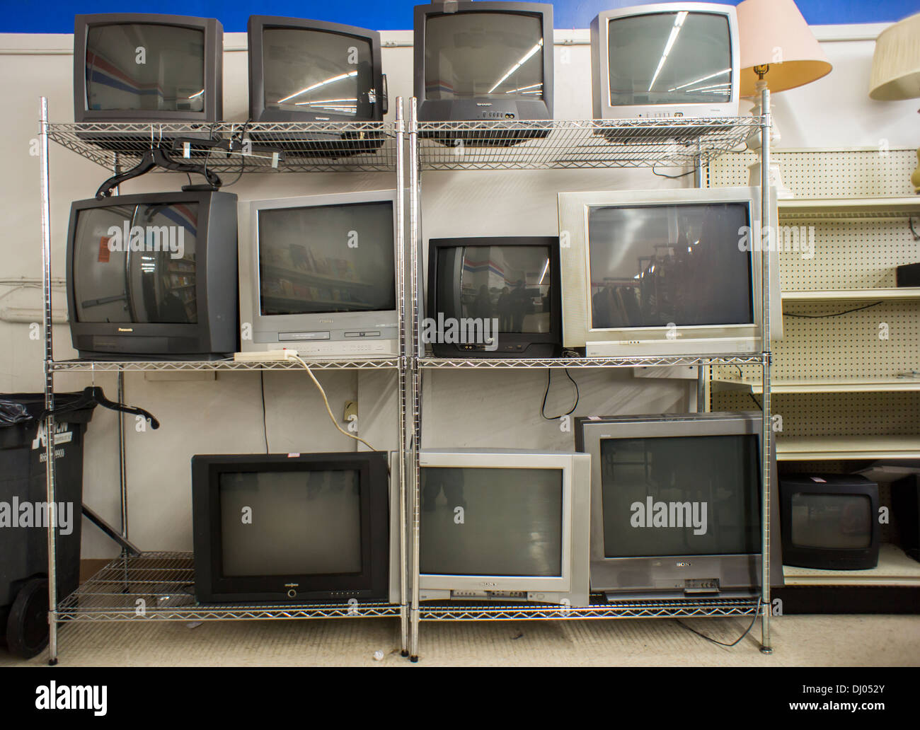 second hand crt analog television sets are seen lined up for sale in stock photo 62698915 alamy. Black Bedroom Furniture Sets. Home Design Ideas