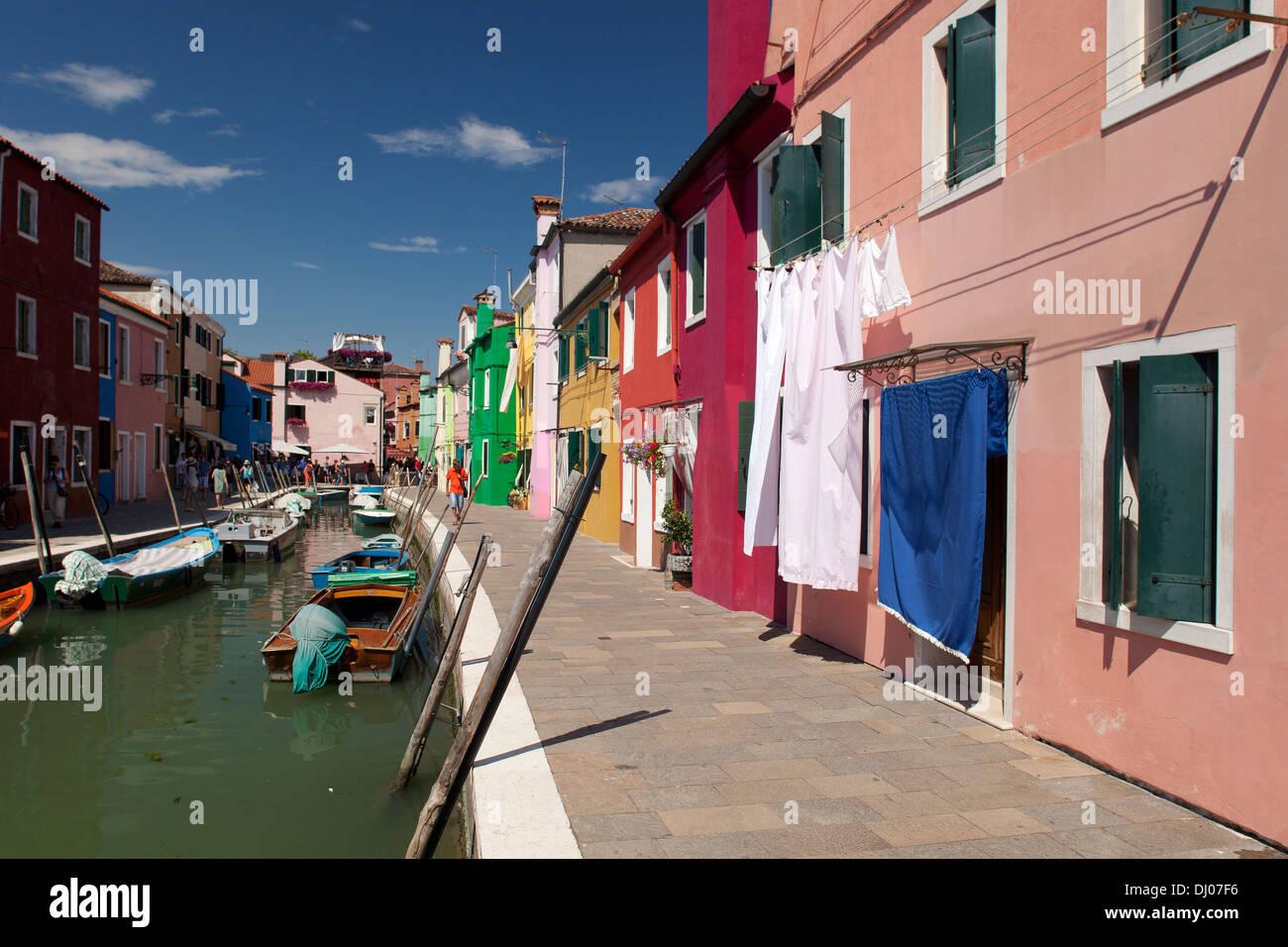 Burano, Venice - Colourful houses on Burano, Venice, Italy - Stock Image