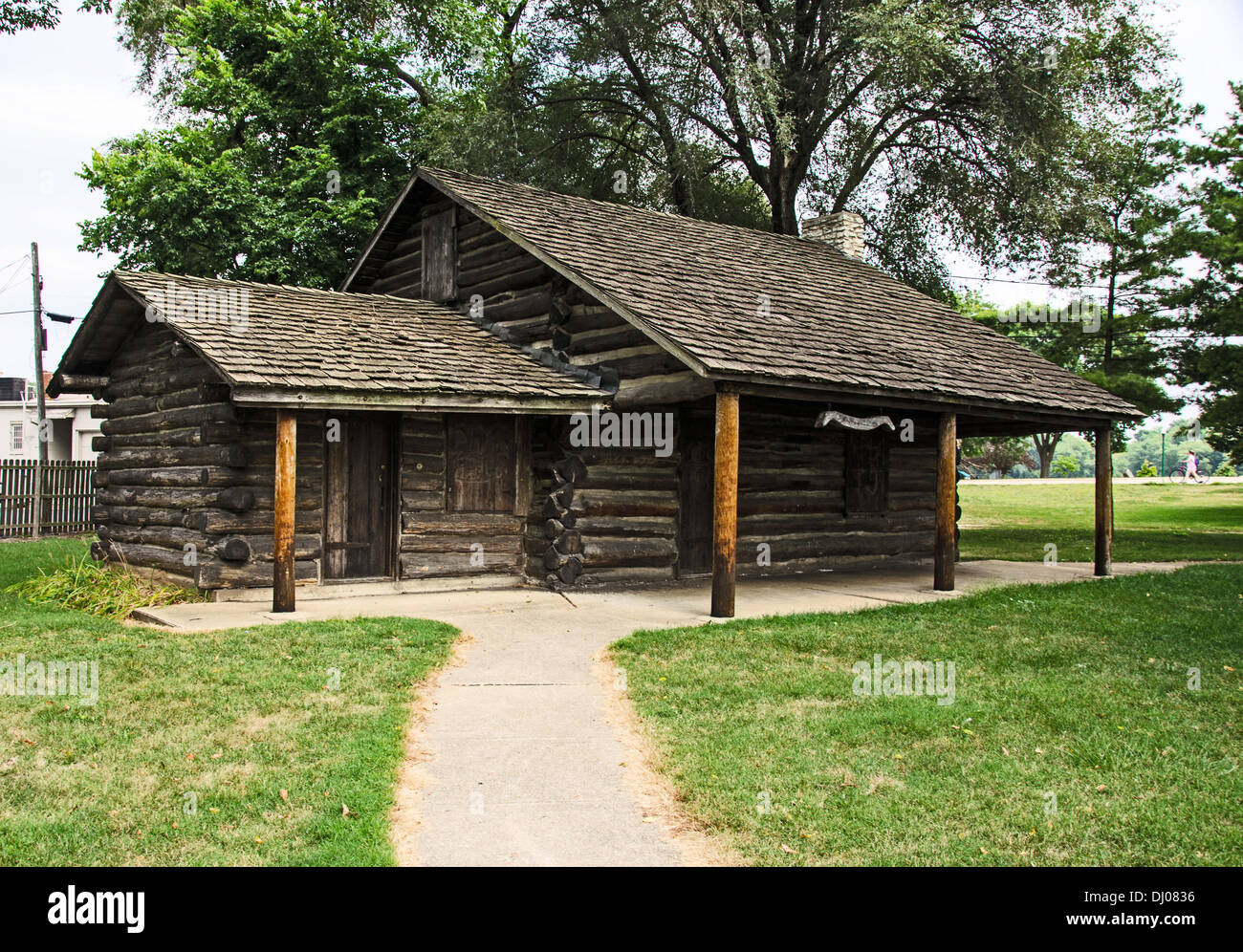 Old Settlers' Log Cabin in Dixon, Illinois, a town along the Lincoln Highway - Stock Image