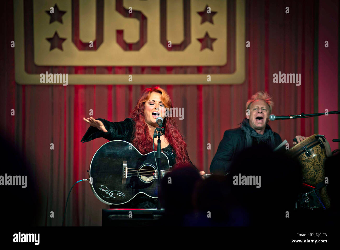 Five-time Grammy Award-winning recording artist and long time USO supporter and volunteer Wynonna Judd performs for the 2013 USO Gala October 25, 2013 in Washington, D.C., Oct. 25, 2013. - Stock Image