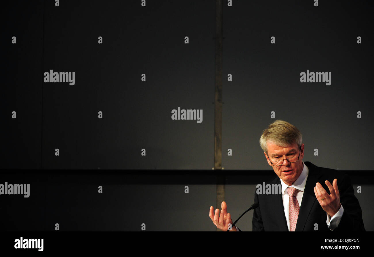 Frankfurt Main, Germany. 18th Nov, 2013. CEO of DZ Bank, Wolfgang Kirsch, speaks at an event of the 'Euro Finance Week' in Frankfurt Main, Germany, 18 November 2013. The 16th Euro Finance Week will take place from 18 till 22 November 2013 in Frankfurt Main and is considered the biggest industry meeting of the finance and insurance industry in Europe. Photo: DANIEL REINHARDT/dpa/Alamy Live News Stock Photo