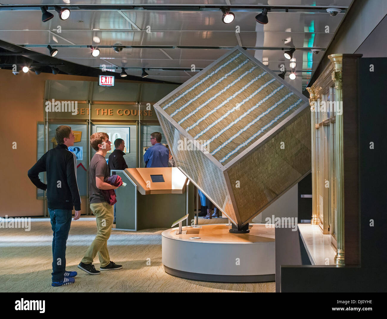 The Million Dollar Cube at the Federal Reserve Bank of Chicago's Money Museum Stock Photo