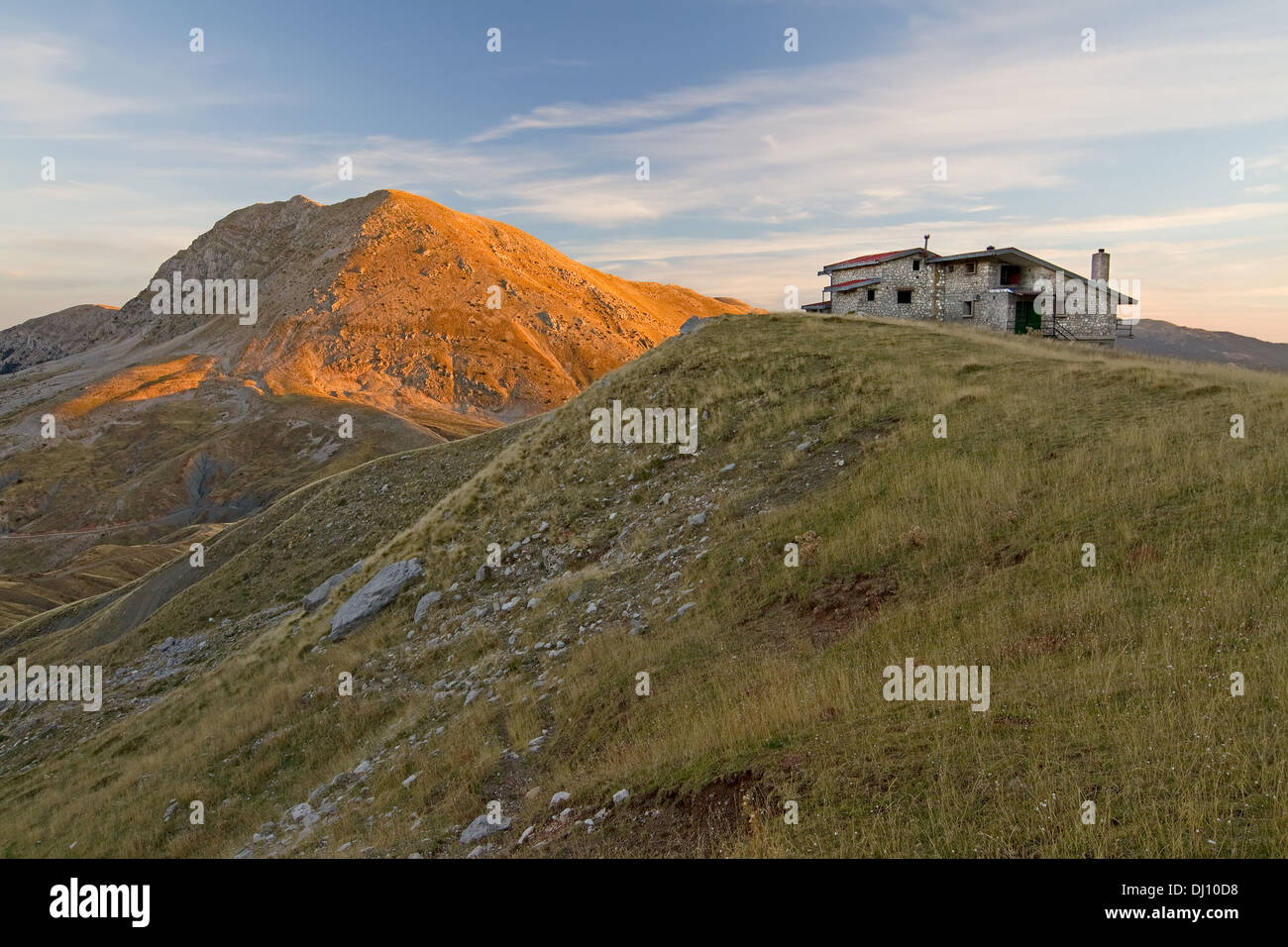 The winter shelter of Vardousia mountain, central Greece, during the early morning - Stock Image