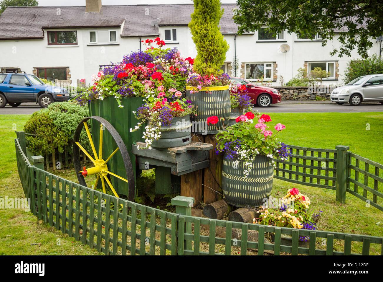 Unusual floral garden in village of Beddgelert Snowdonia North Wales UK - Stock Image