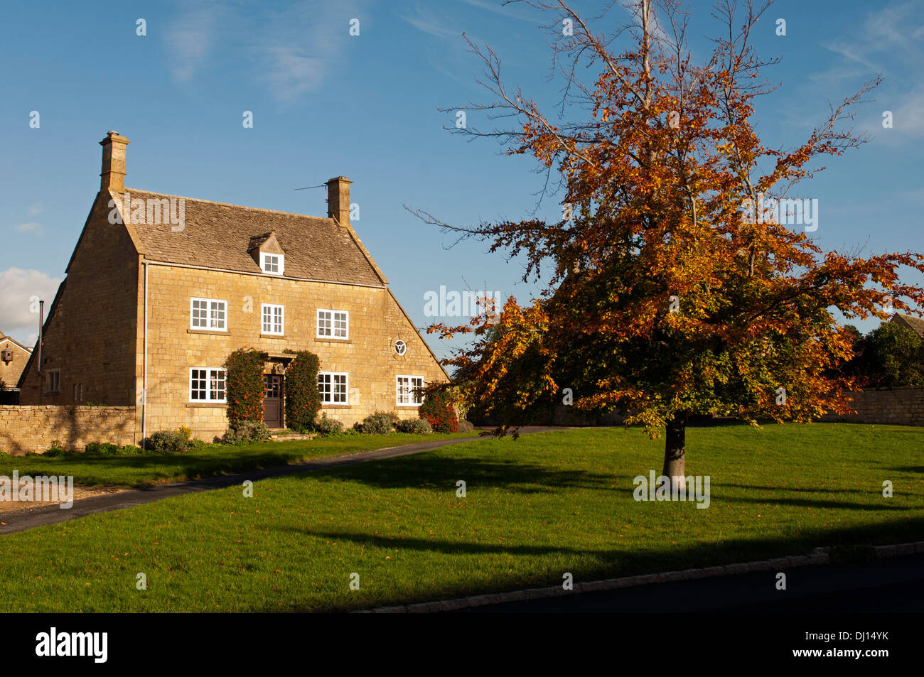 Willersey village in autumn, Gloucestershire, England, UK Stock Photo