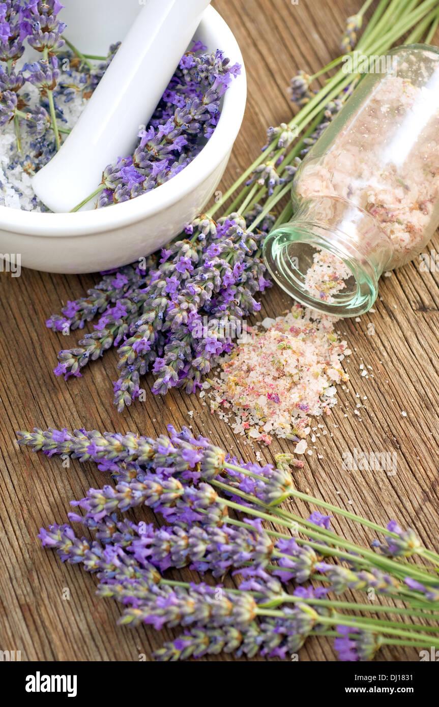 Lavender salt - Stock Image
