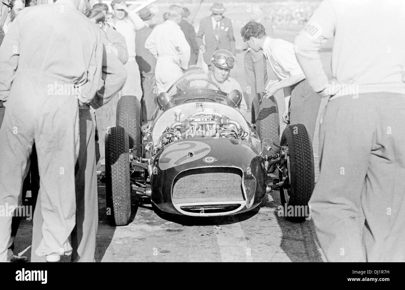 Ron Flockhart in the BRM V16 mark II chassis No '4', Formule Libre race at Snetterton, England 14 August 1954. - Stock Image