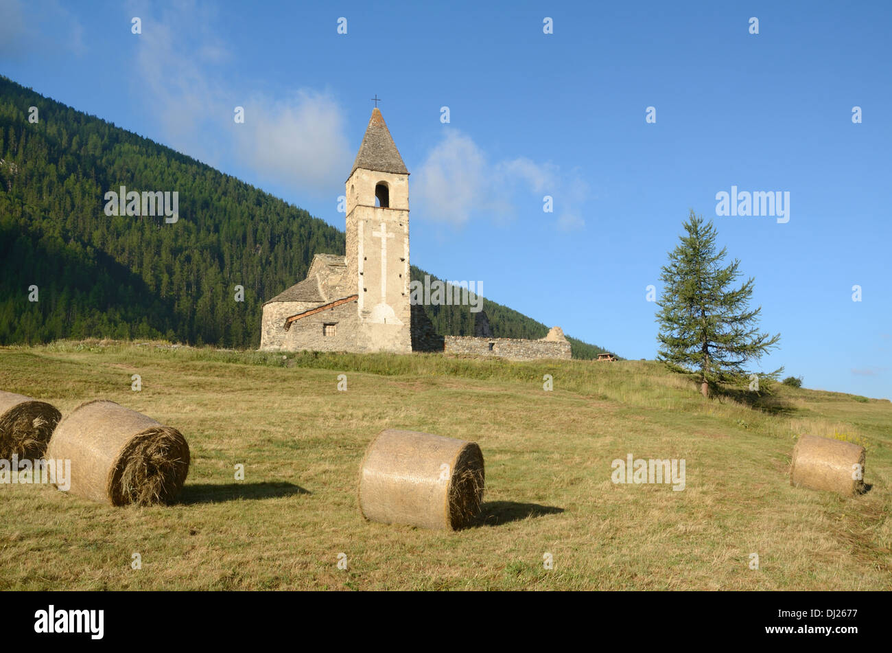 Chapel Church or Eglise St-Pierre d'Extravache Bramans Haute Maurienne Savoie France - Stock Image