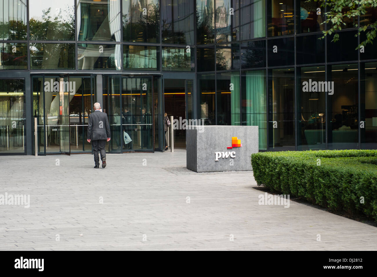 City of London Southbank South Bank More Riverside modern contemporary office offices building block entrance PWC Price Waterhouse Coopers sign logo - Stock Image