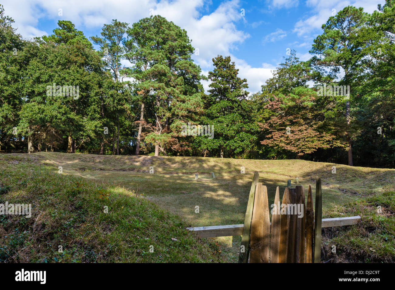 Reconstructed Earthen Fort at Fort Raleigh National Historic Site, Roanoke Island, North Carolina, USA Stock Photo