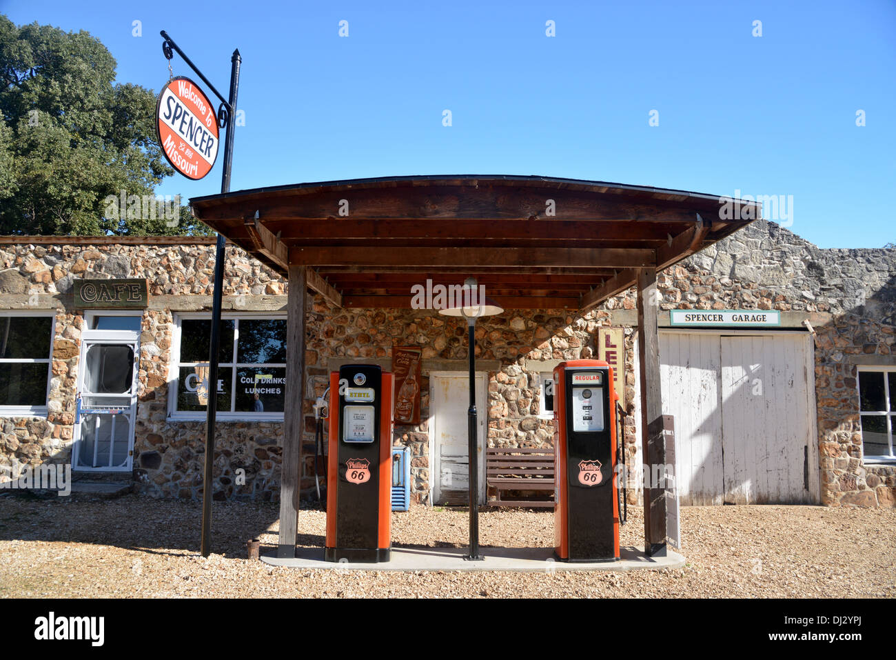 Route 66 gas station in stock photos route 66 gas for Garage route 66 metz