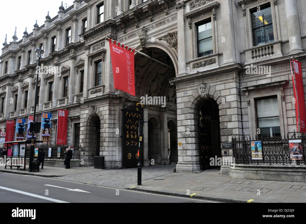 ROYAL ACADEMY PICADILLY LONDON UK - Stock Image