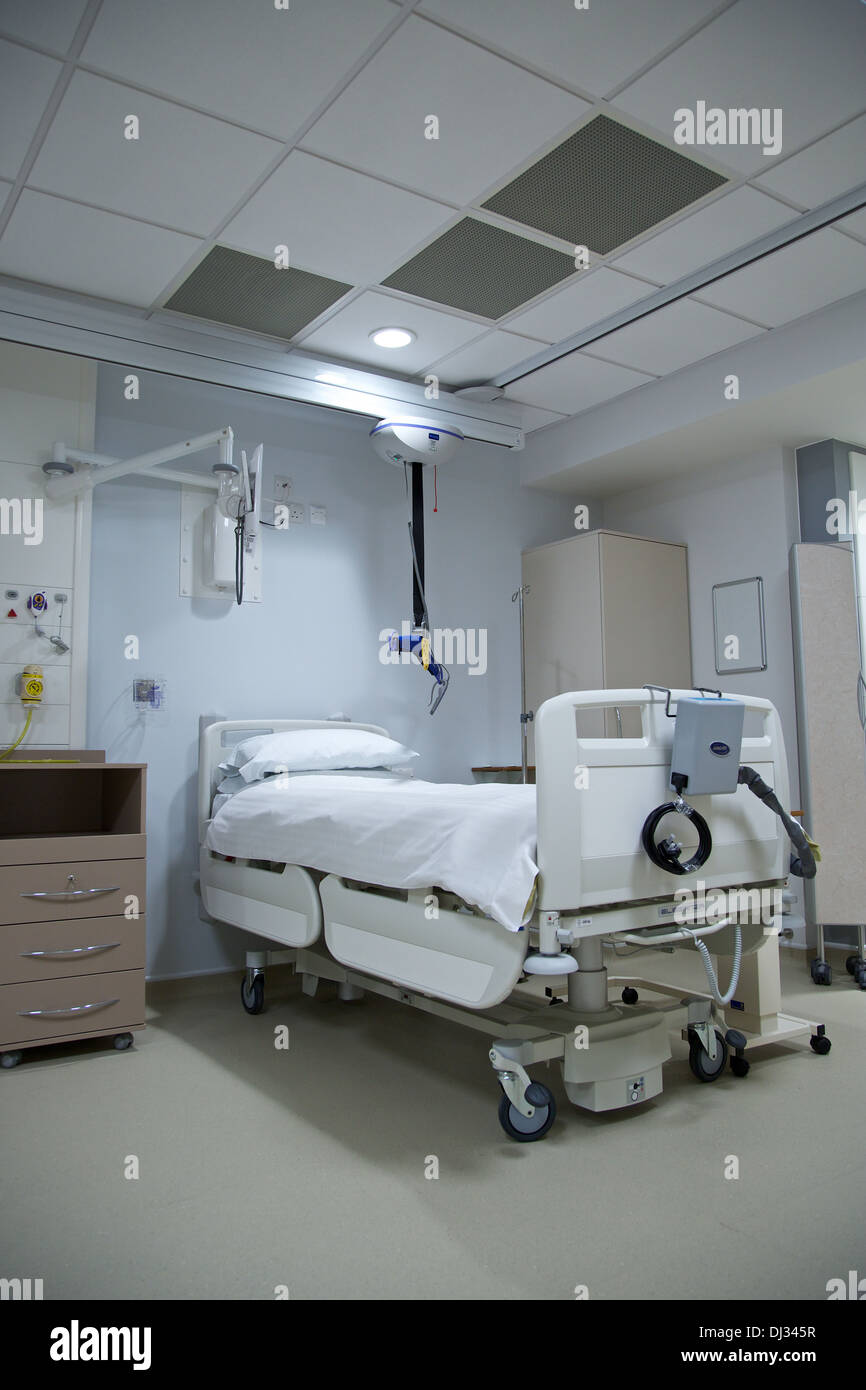 Hospital Beds Ward Stock Photos Hospital Beds Ward Stock Images