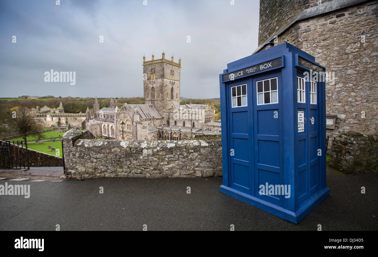 St. Davids Cathedral, Pembrokeshire, UK. 20th Nov, 2013. The iconic 'Tardis' from the long running BBC series Doctor Who makes an appearance at St. Davids Cathedral in Pembrokeshire. Credit:  James Davies/Alamy Live News - Stock Image