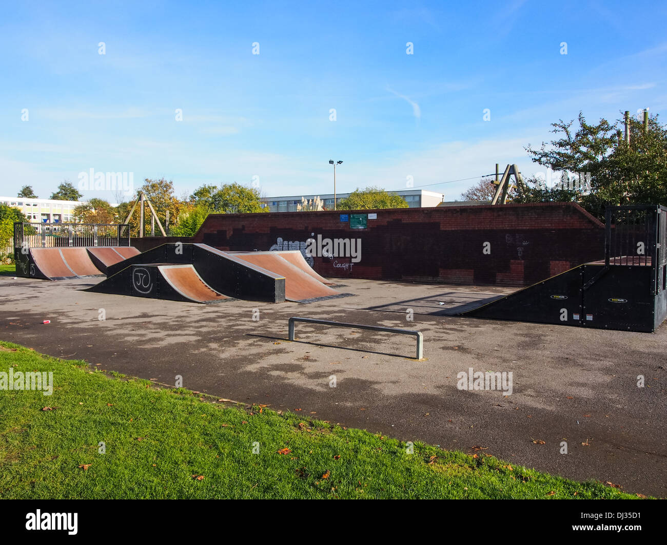 An urban skatepark on a housing estate in Portsmouth, Hampshire, England - Stock Image