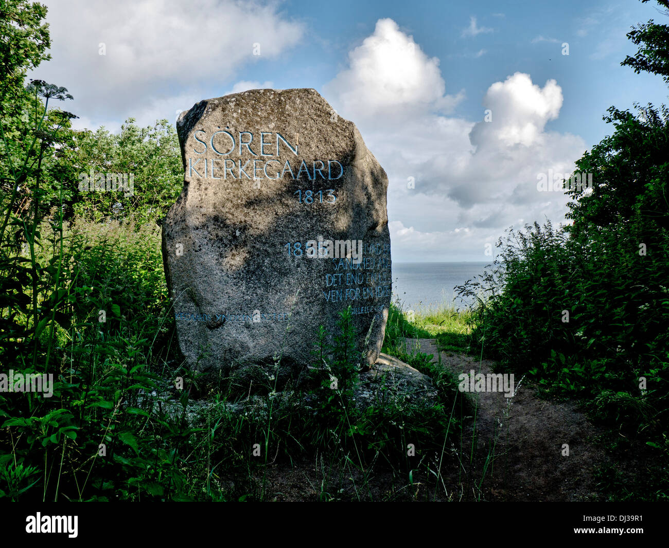 Memorial stone for Soeren Kirkegaard, the danish philosopher, on top of the bluff of Nordsjaelland, Denmark. - Stock Image