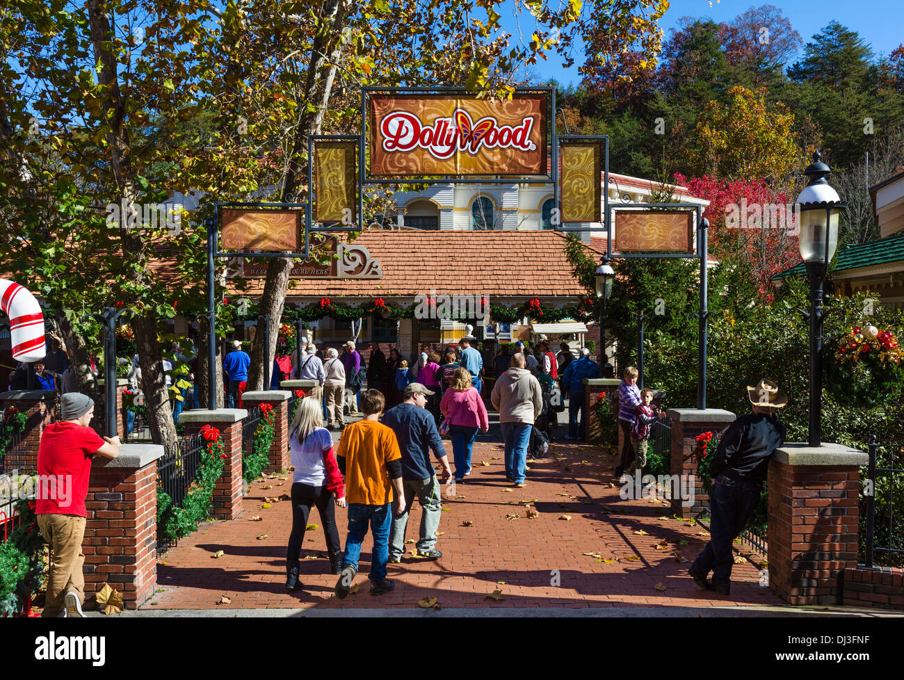 entrance to dollywood theme park pigeon forge tennessee usa stock