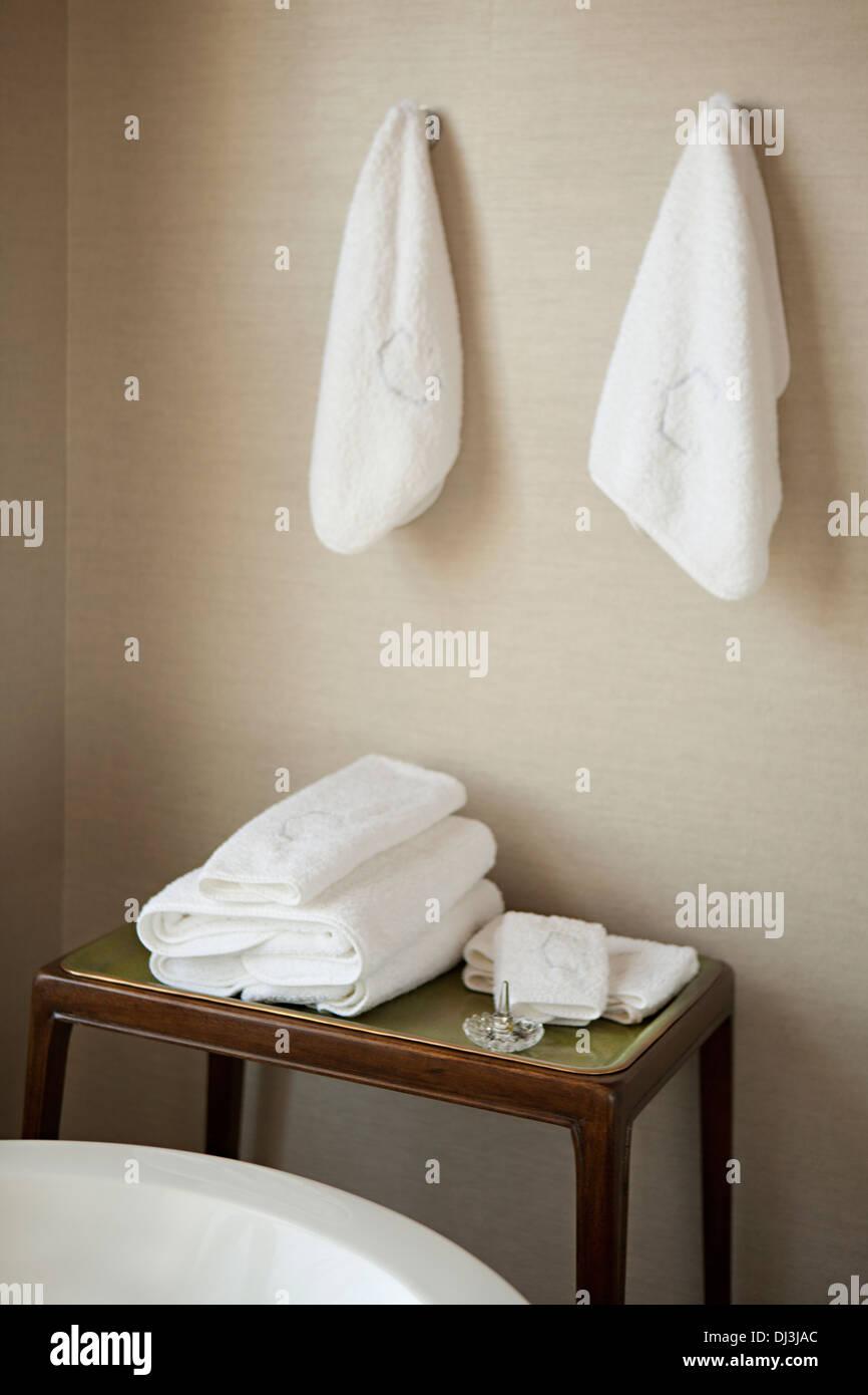 Bathroom Towel Stock Photos & Bathroom Towel Stock Images - Alamy