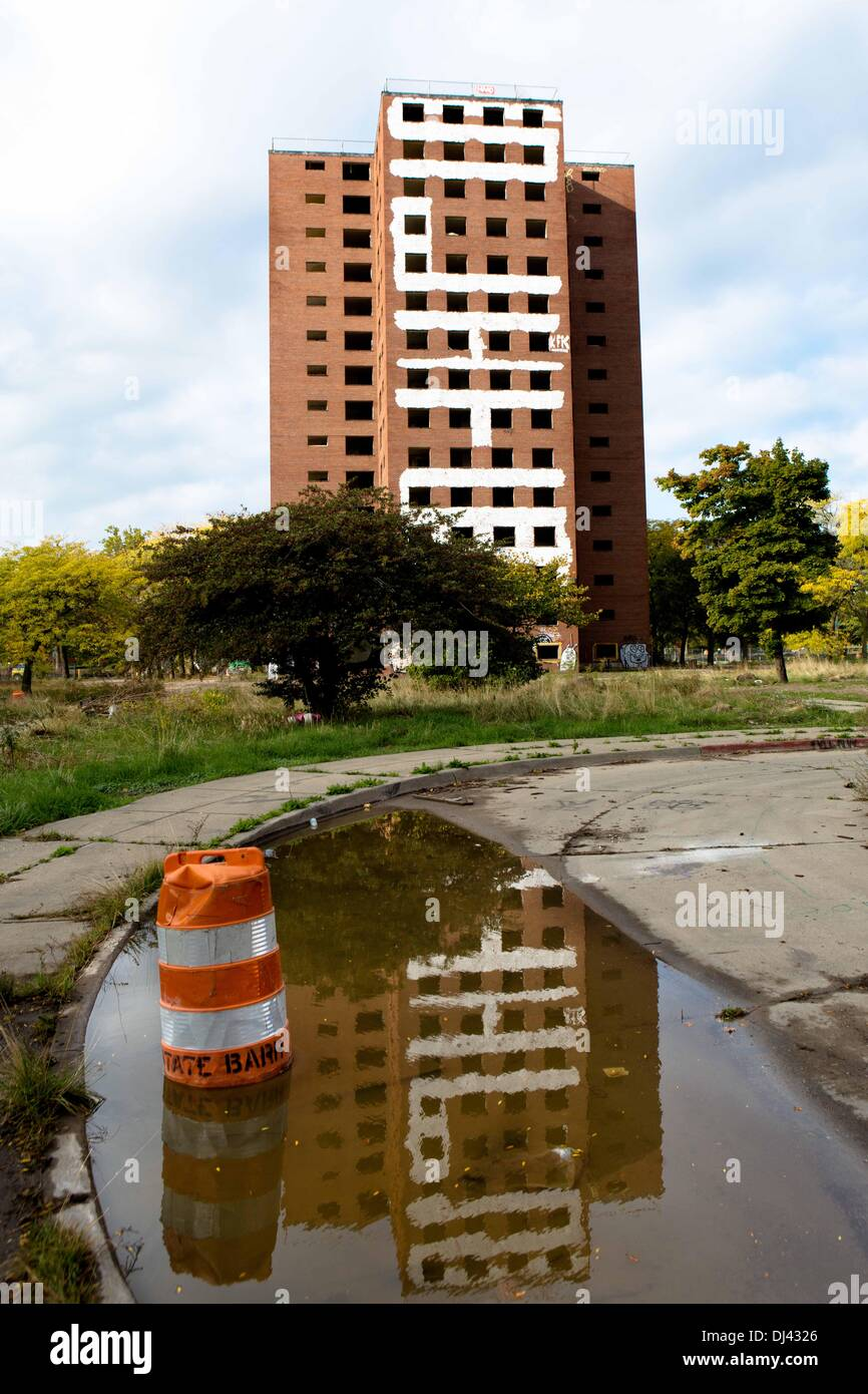 The abandoned towers of the Brewster-Douglass Housing Projects Detroit, USA. Ready for the planed demolishing. The Stock Photo