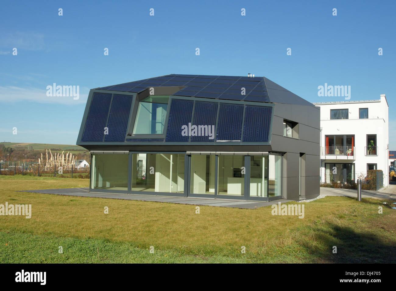 Nullenergiehaus - Stock Image