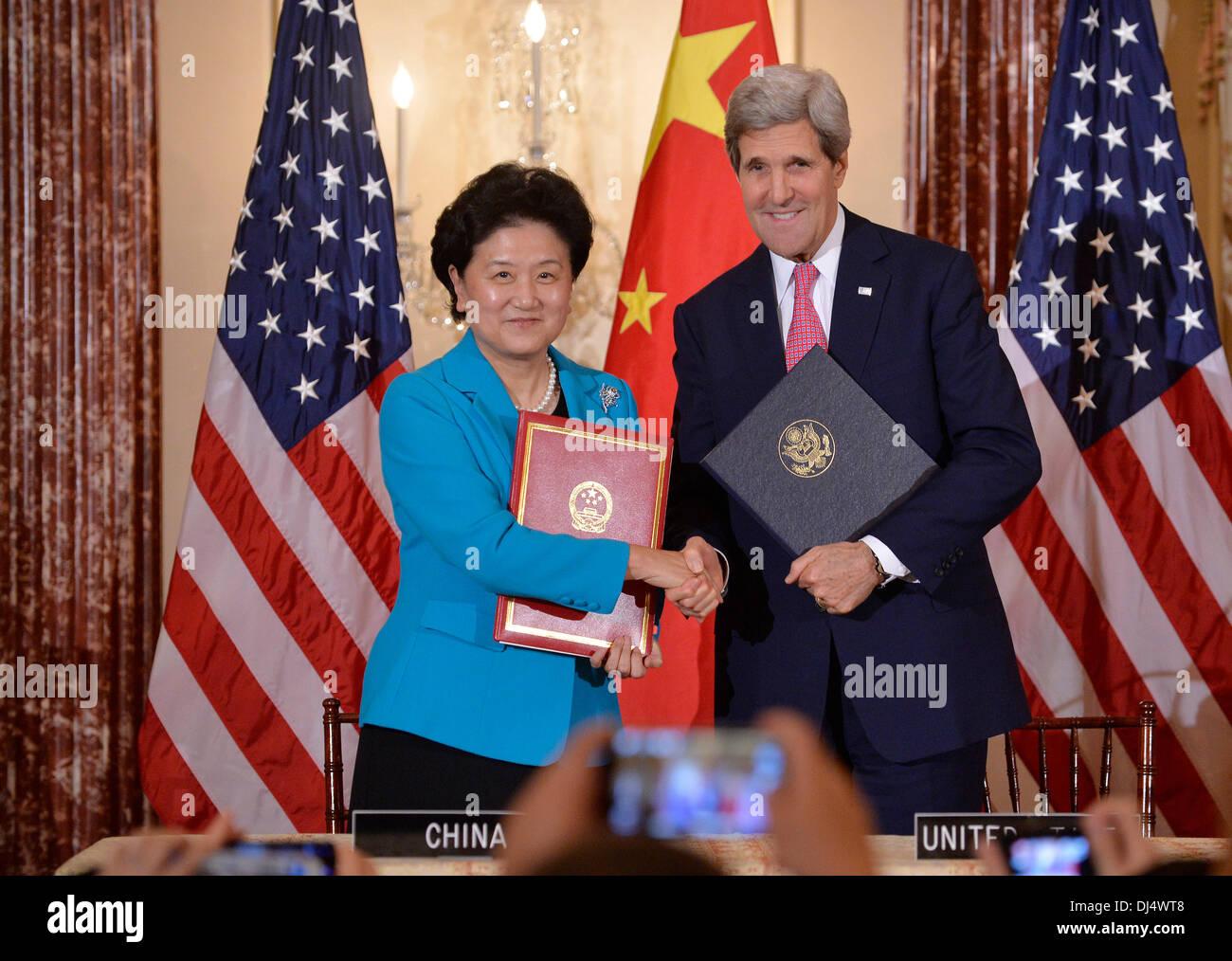 58dbe5762d8742 State John Kerry Signing Stock Photos   State John Kerry Signing ...