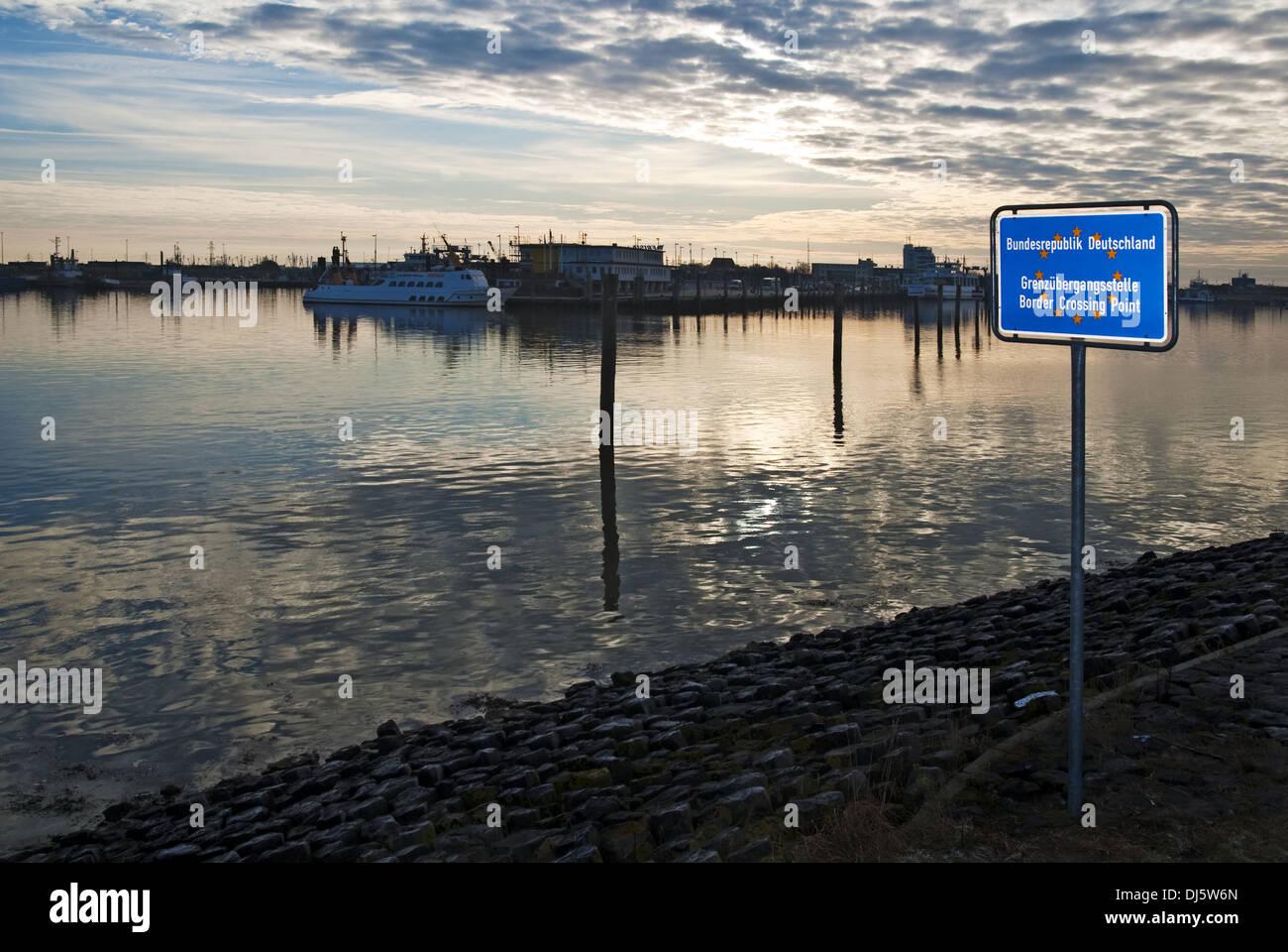 Sign maritime border - Stock Image