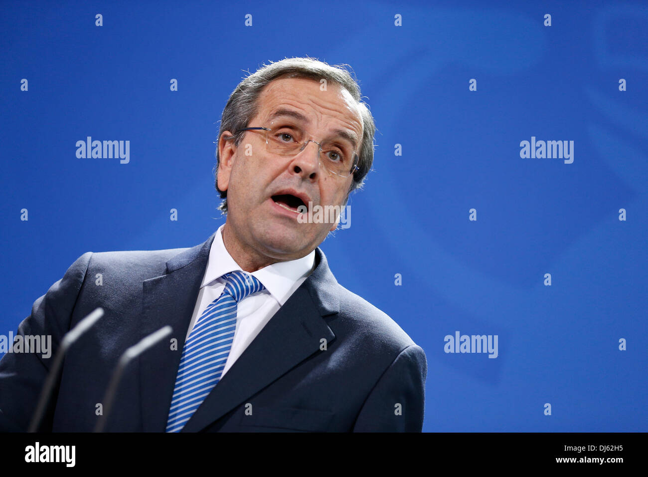Berlin, Germany. November 22th, 2013. Angela Merkel, German Chancellor, receives Andonis Samaras, Greek prime minister, at the Chancellery in Berlin. / Picture: Andonis Samaras, Greek prime minister, speaks at press conference in berlin. Credit:  Reynaldo Chaib Paganelli/Alamy Live News - Stock Image