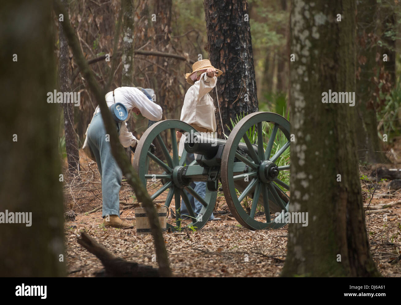 US soldiers recreating the 2nd Seminole War during Native American Festival at Oleno State Park in North Florida. - Stock Image