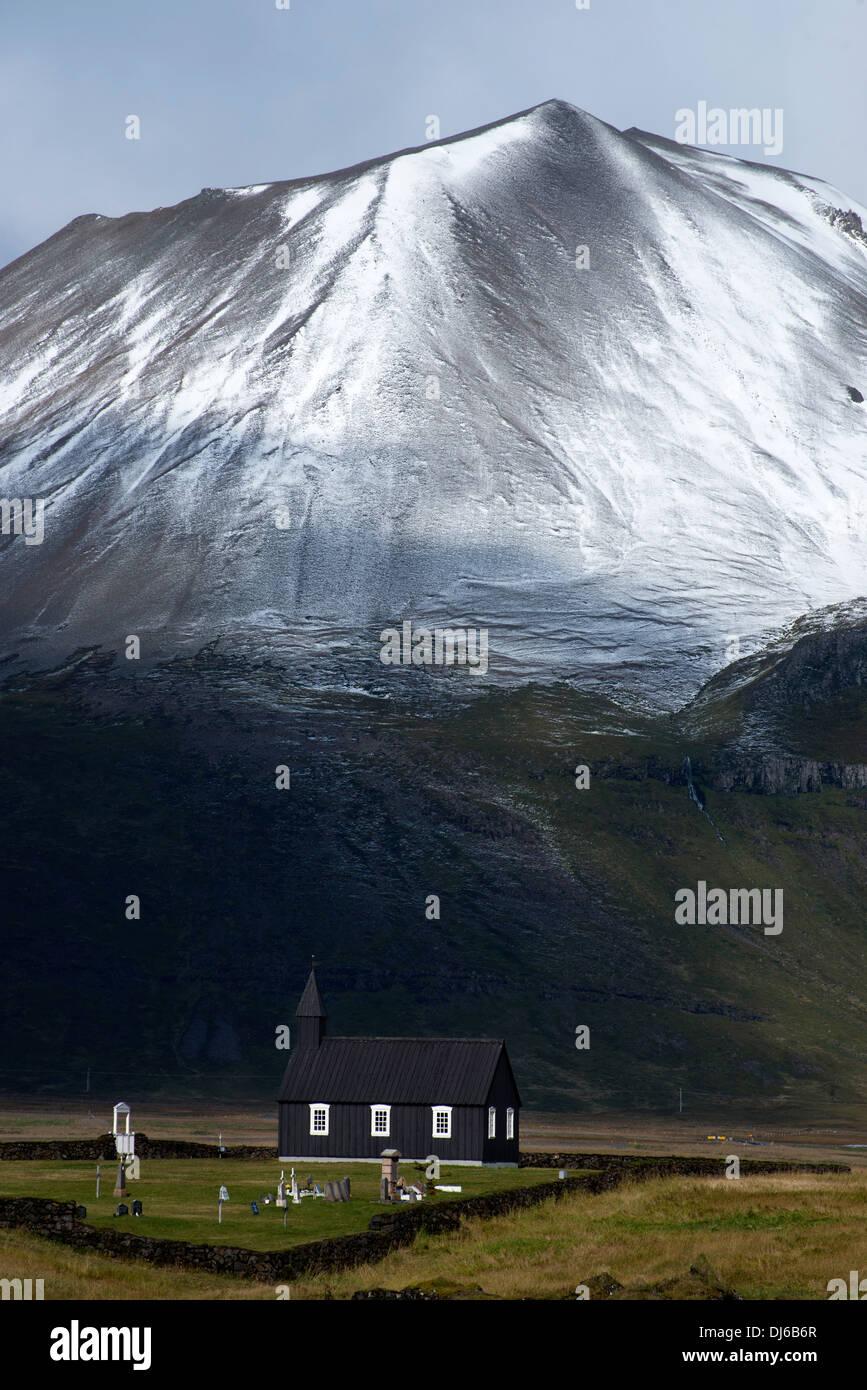 Budirkirkja Alpine mountains, winter, east of Budir, Snaefellsnes Peninsula, Iceland, Europe - Stock Image