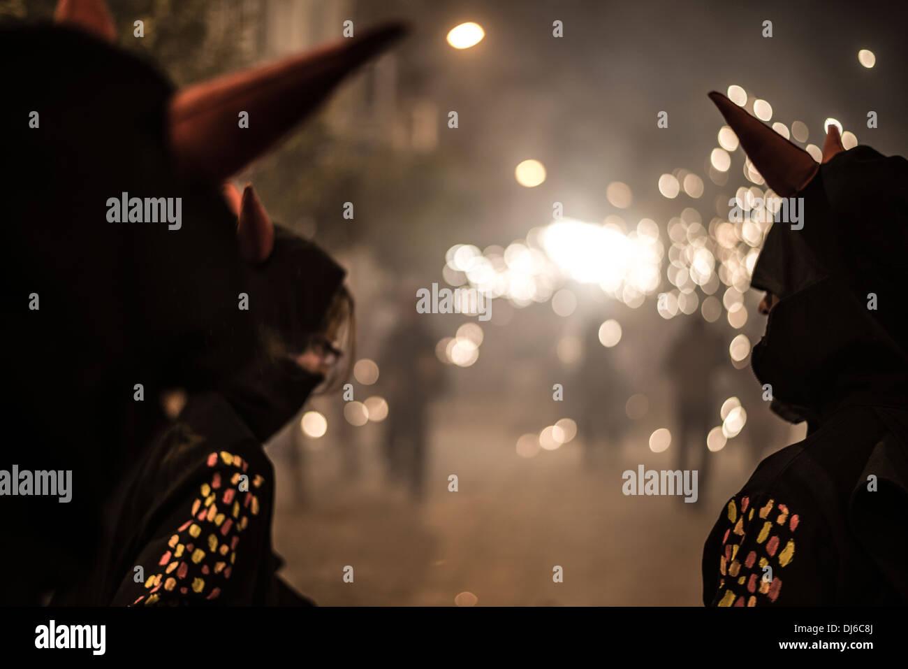 Europe, Spain., Barcelona, Poblenou, runfire, fireworks, explosive, party, popular festival, night, pyrotechnics,flare,sparkler - Stock Image