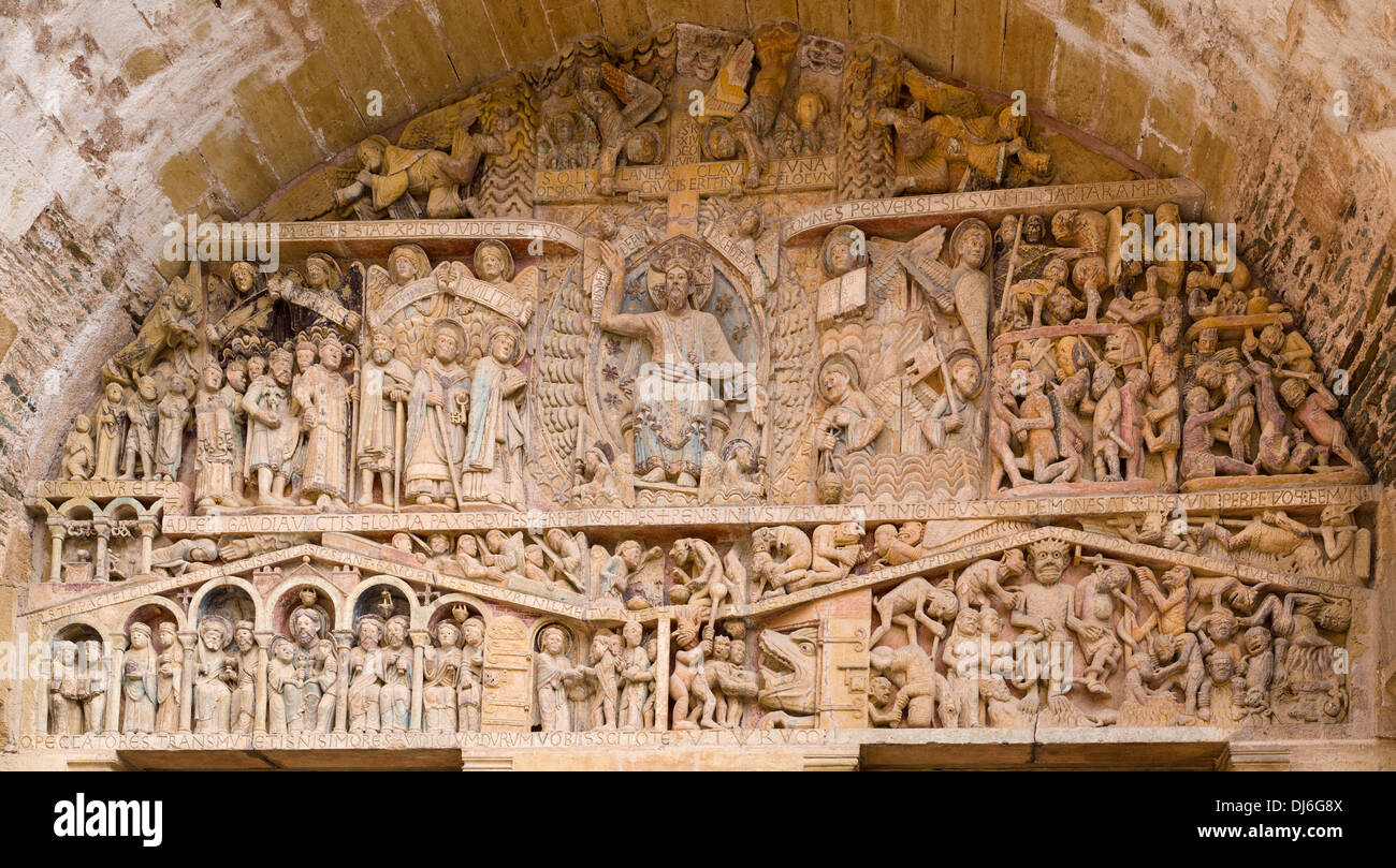 St. Foy's Tympanum of the Last Judgment. The detailed tympanum over the west door, sculpted between 1107 and 1125 - Stock Image