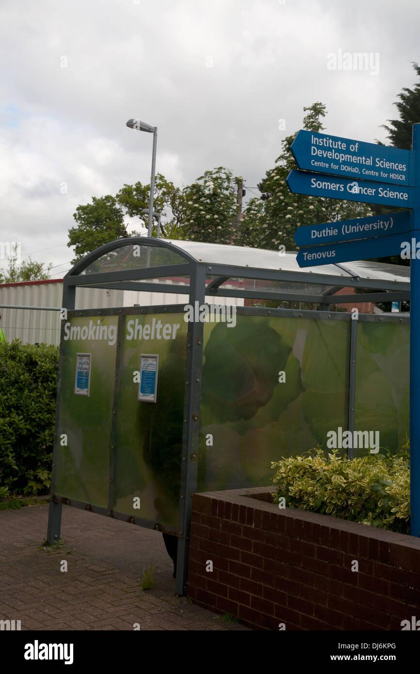 smoking shelter southampton general hospital southampton hampshire england - Stock Image