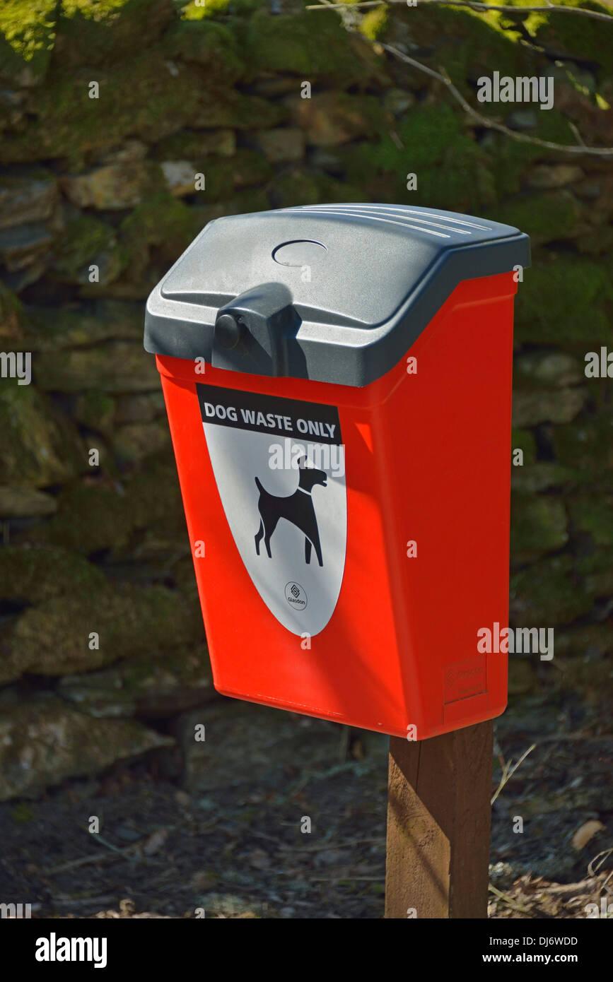 'DOG WASTE ONLY', Glasdon dog waste receptacle. Ashes Lane, Kendal, Cumbria, England, United Kingdom, Europe. - Stock Image