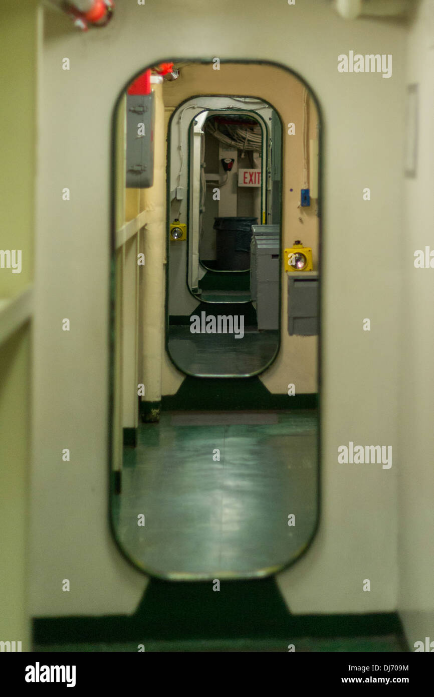 Ship passageway with bulkheads and doors & Ship passageway with bulkheads and doors Stock Photo: 62848848 - Alamy