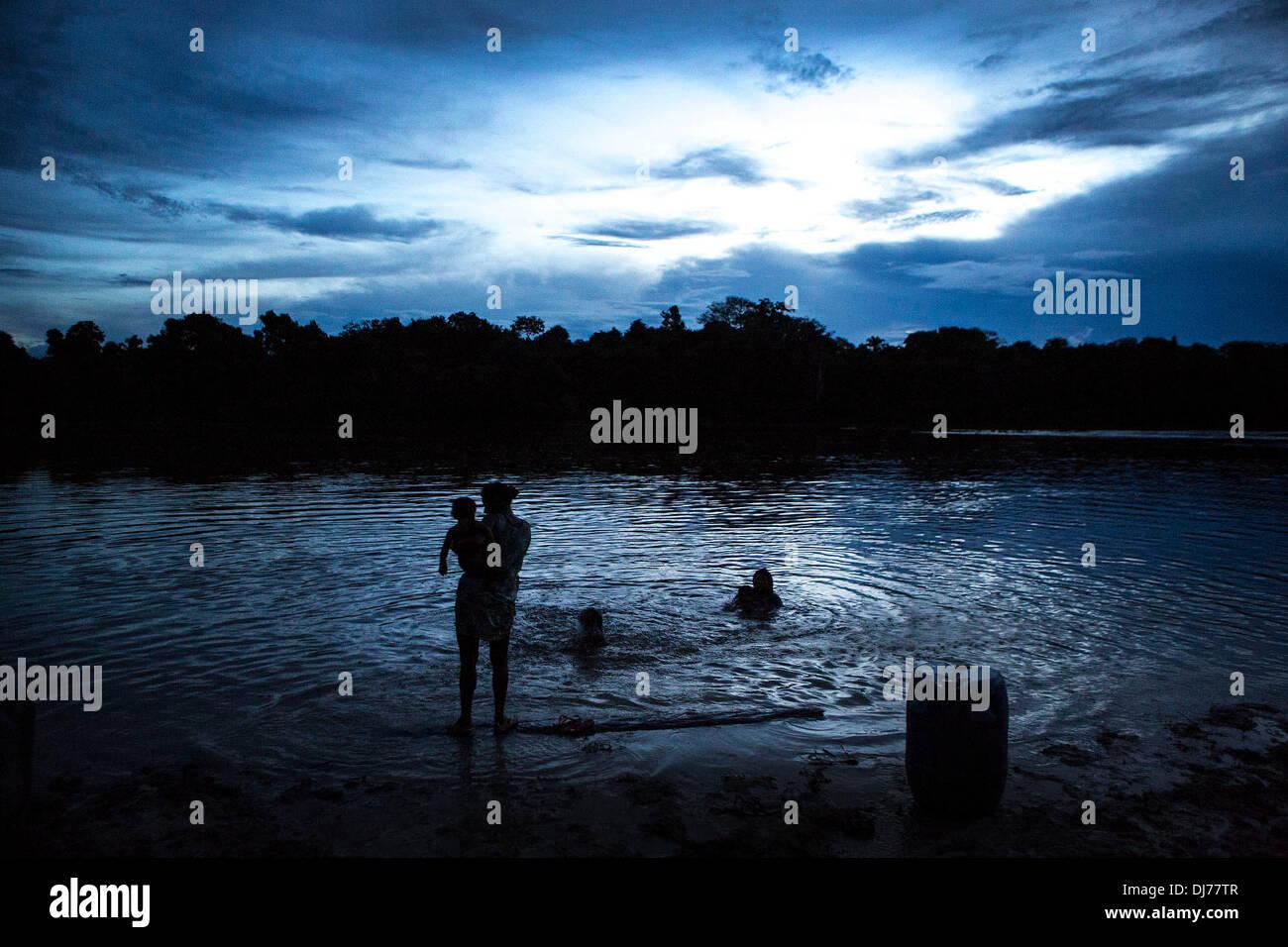 Xingu Tribe Stock Photos & Xingu Tribe Stock Images - Alamy