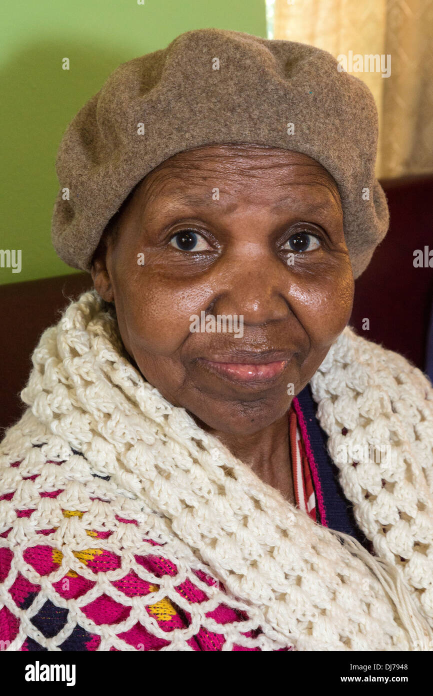 South Africa, Cape Town. Elderly South African Woman of the Xhosa Ethnic Group. - Stock Image