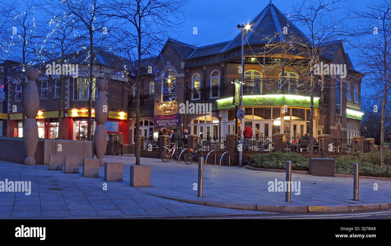 The Looking Glass Pub central Warrington Town Centre, Cheshire, England UK at dusk A JD Wetherspoon house - Stock Image