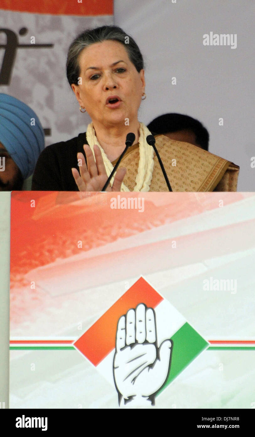 New Delhi, India, 24 Nov 2013.  Indian National Congress Party president Sonia Gandhi addresses a public rally ahead of the Delhi state elections at Shastri Park. - Stock Image