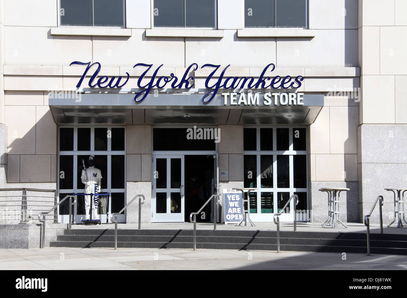 New York Yankees Team Store in The Bronx district of New York Stock ... de42ac4131b