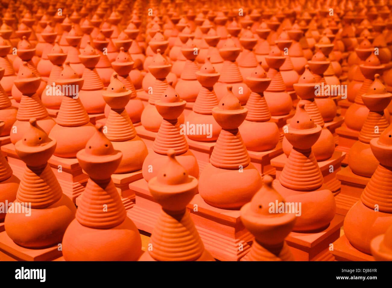 Unglazed ceramic pots at 2013 Venice Biennale - Stock Image