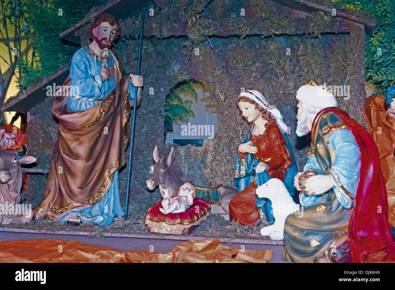 Christmas Jesus Birth Images.Christmas Nativity Scene Of Jesus Birth In An Old Cottage
