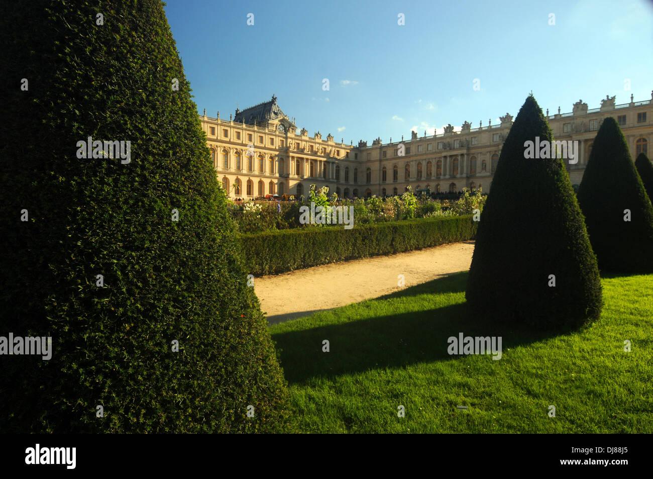 Gardens of the palace at Versailles, Paris, France. No PR - Stock Image