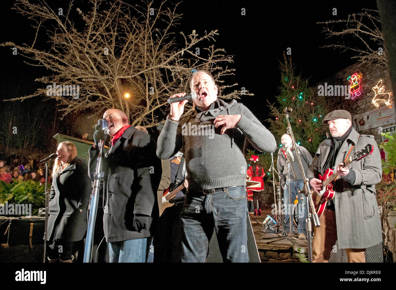 The Mumbles Christmas lights switch on in Newton Road - Nev Wilshire ...