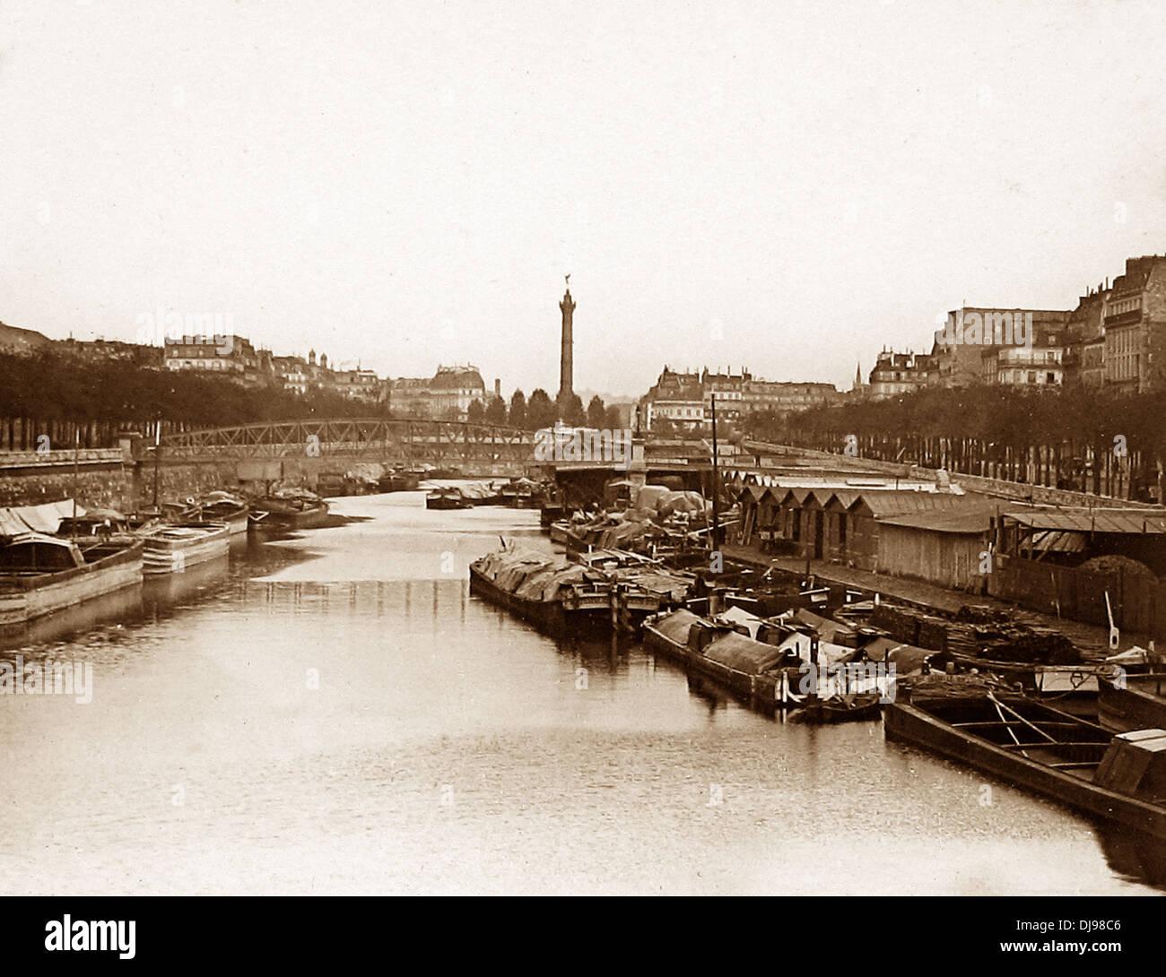 Paris - Canal Saint-Martin - Basin de la Bastille - pre-1900 - Stock Image