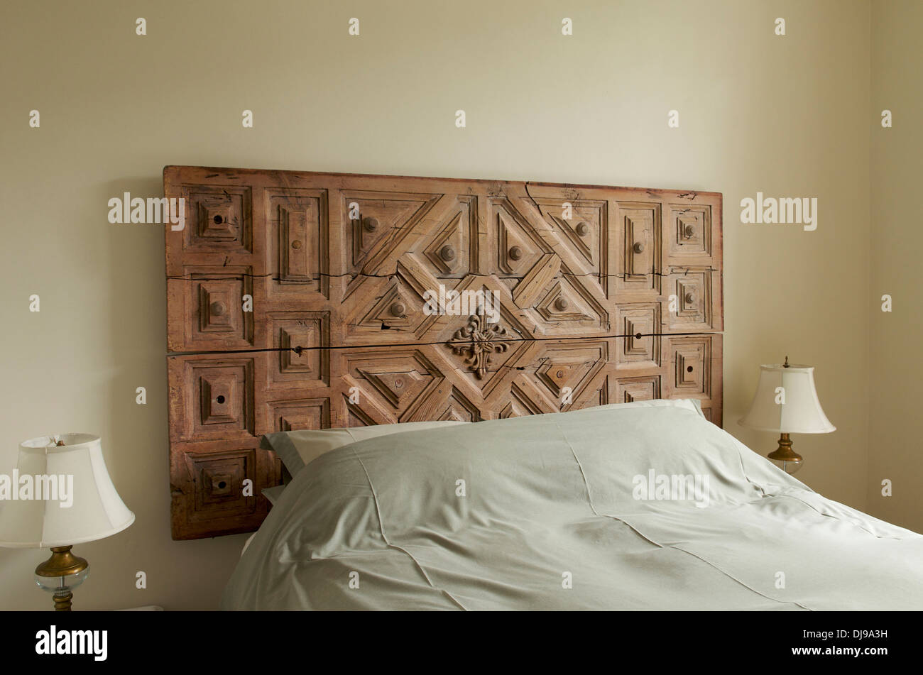 Carved bed stock photos carved bed stock images alamy