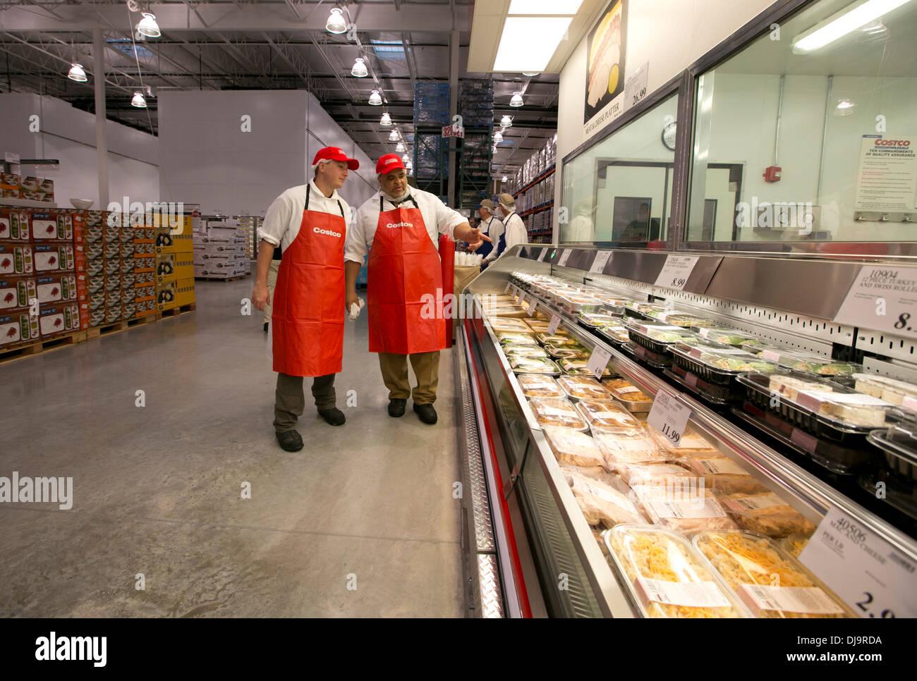 Costco Food Stock Photos & Costco Food Stock Images - Alamy