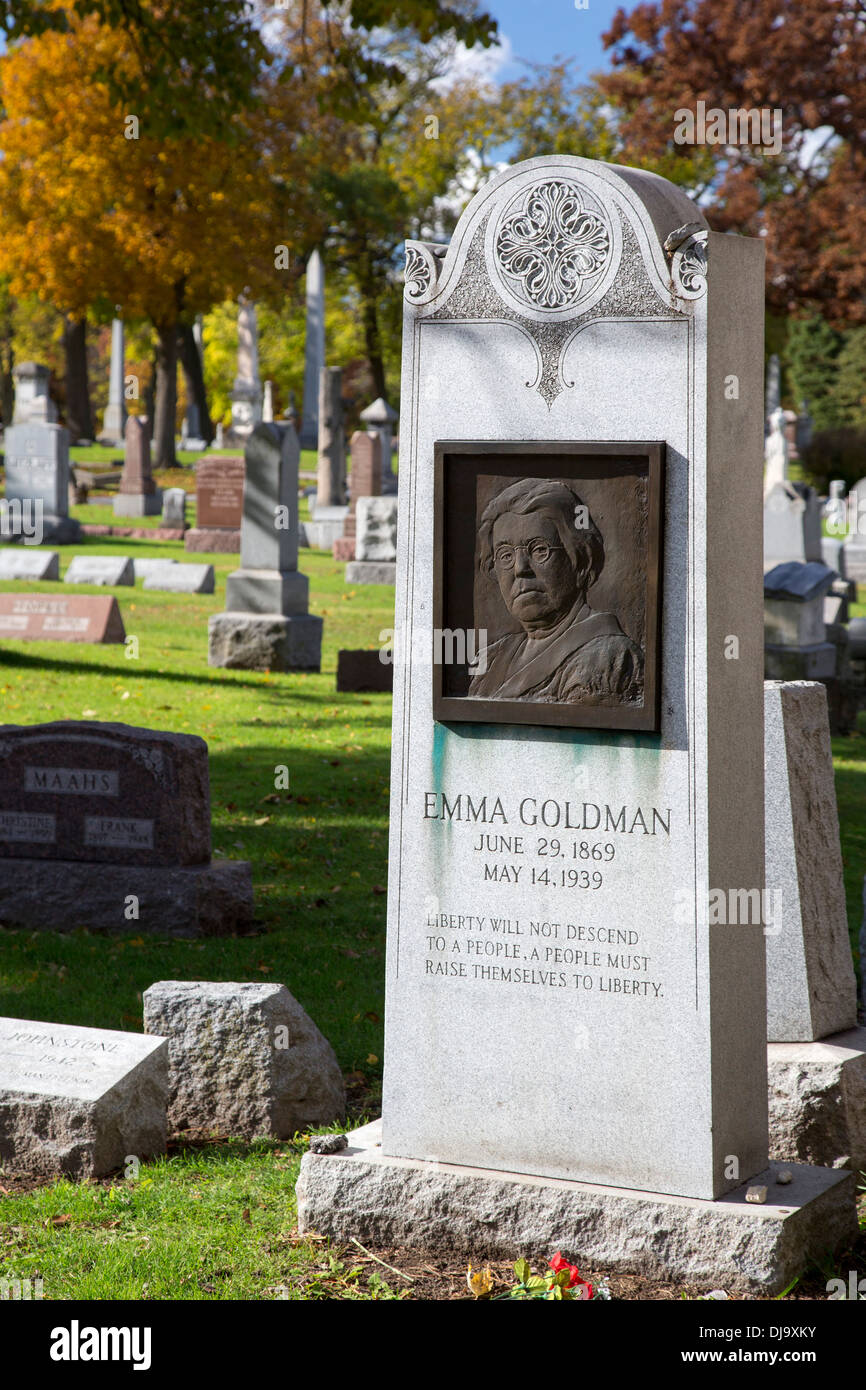 Forest Park, Illinois - The grave of Emma Goldman in Forest Home Cemetery. - Stock Image
